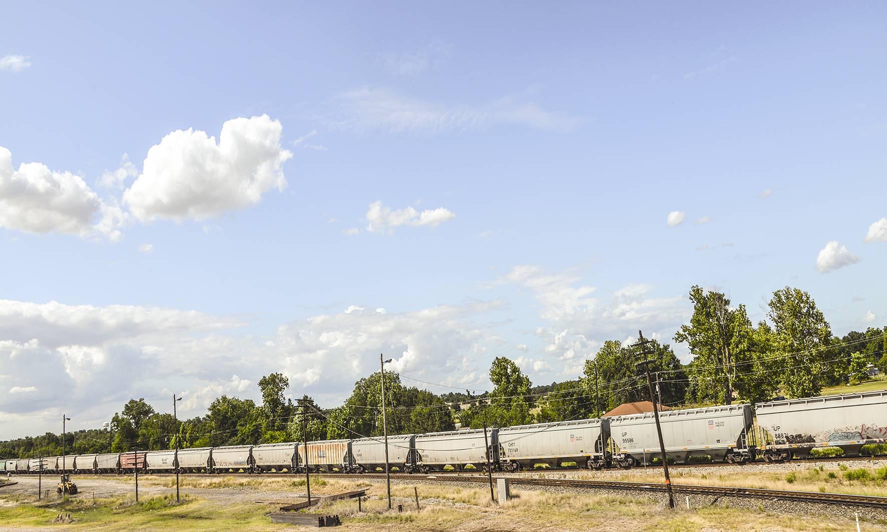 32 Far Fading West, Train, 2014